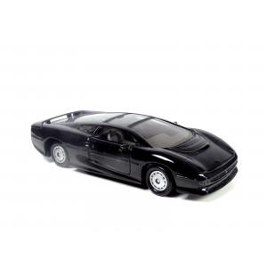 Jaguar XJ220 by Maisto