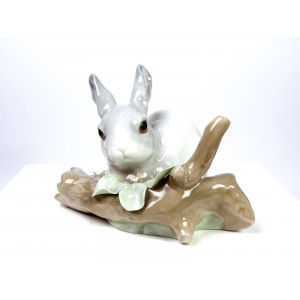 Lladro Figurine 4473 Rabbit...