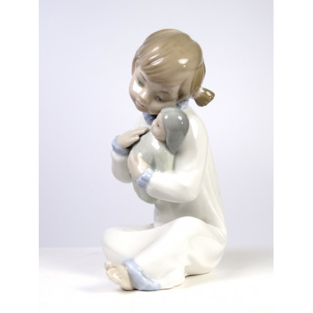 Girl with baby Doll 5102, Lladro Nao