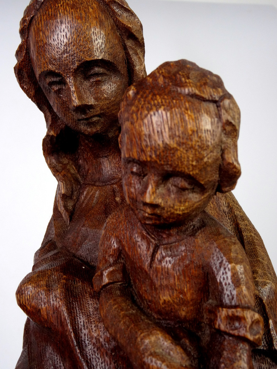 Modonna with Child Sculpture